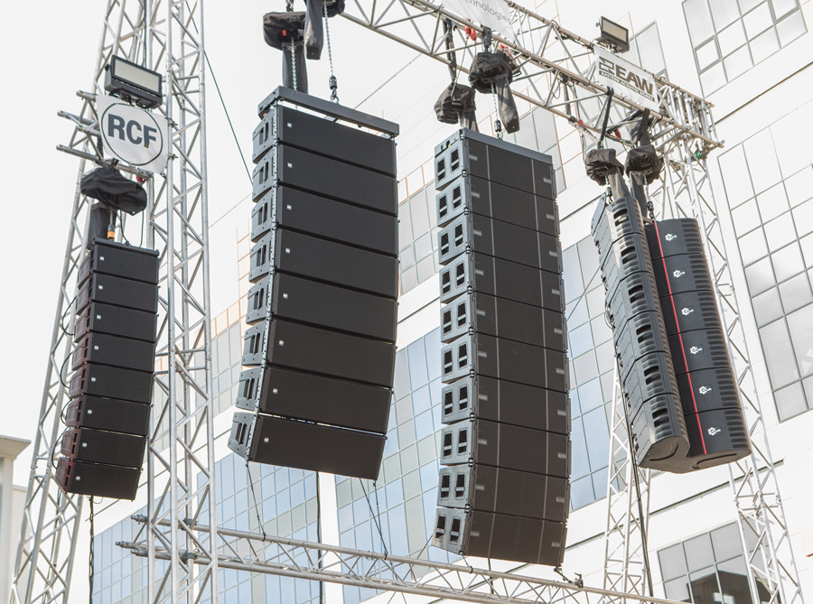 RCF at PL+S 2019: HDL 26-A and HDL 50-A 4K listening